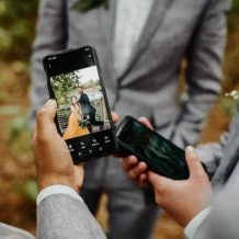 Film A Wedding With A Smartphone Camera